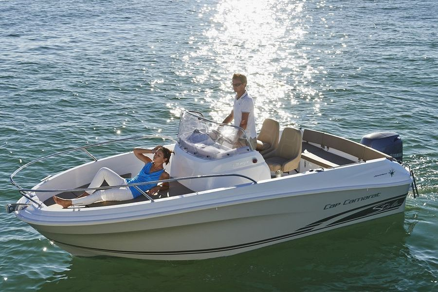 Jeanneau Cap Camarat 5.5 Center Console Series 2