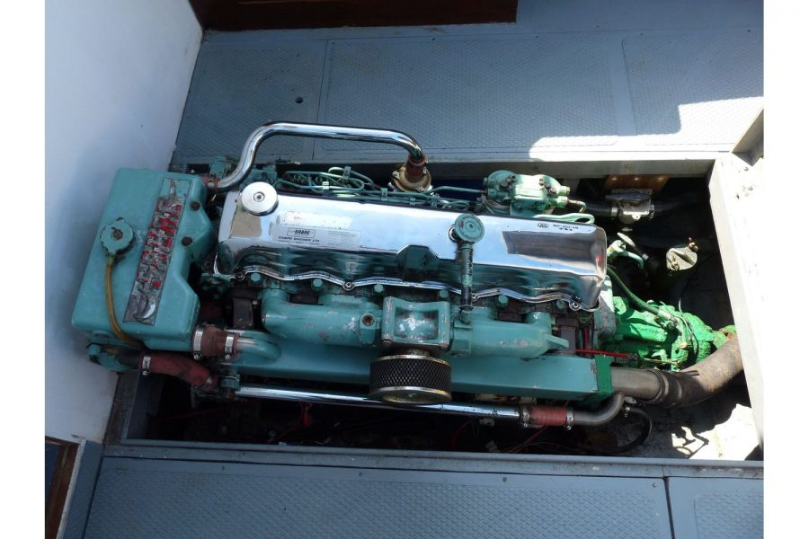 Newhaven Warrior - Ford Sabre 120hp engine