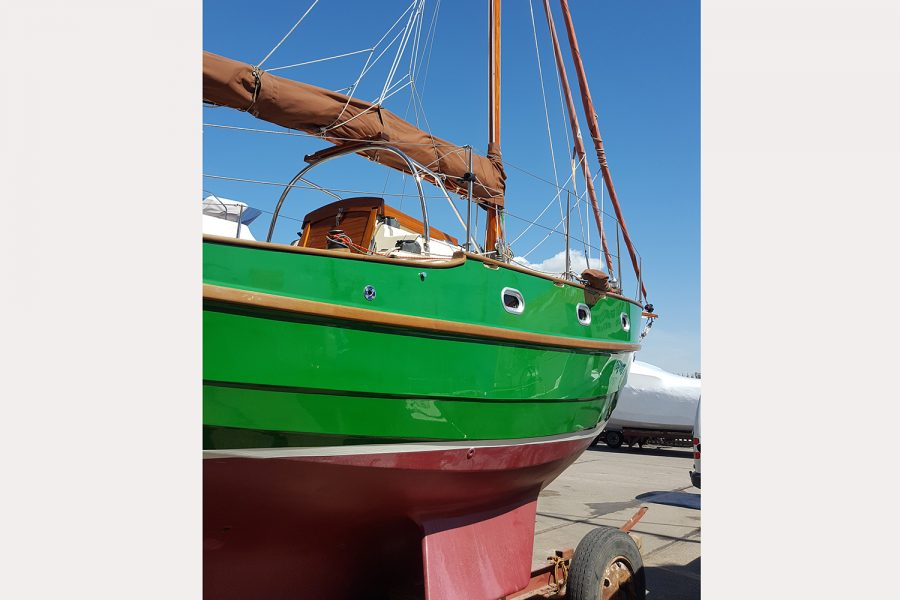 Yarmouth 23 Gaff Rig Topsail Cutter restored by Morgan Marine - hull and keel