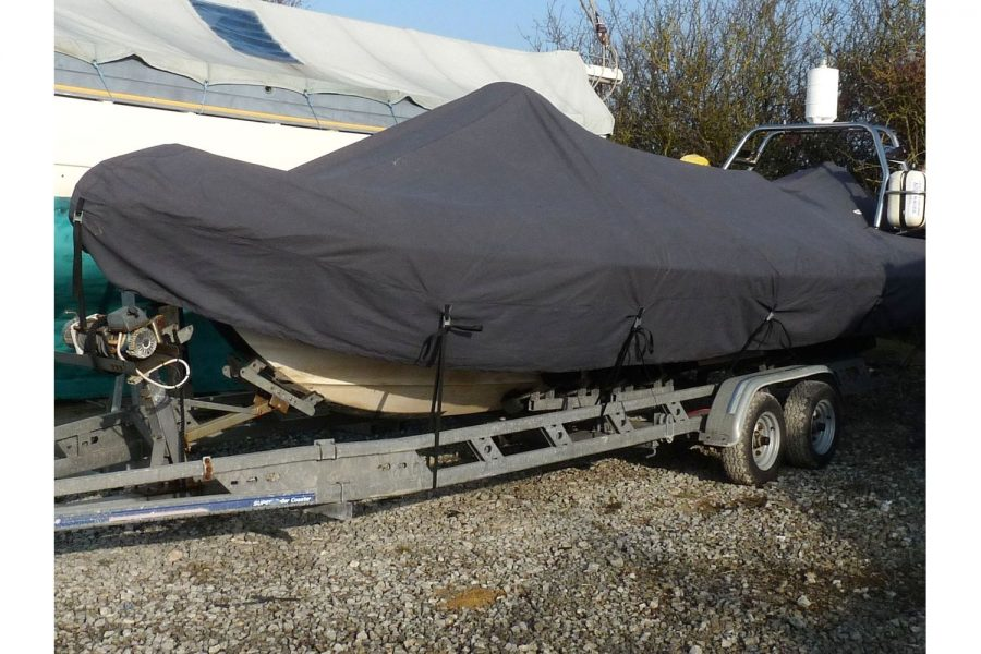 Ribcraft 7.8 - under overall cover
