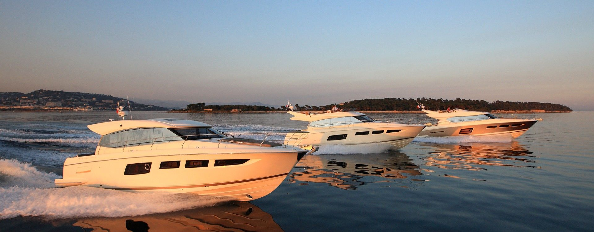 Jeanneau motor boats - always leading the way