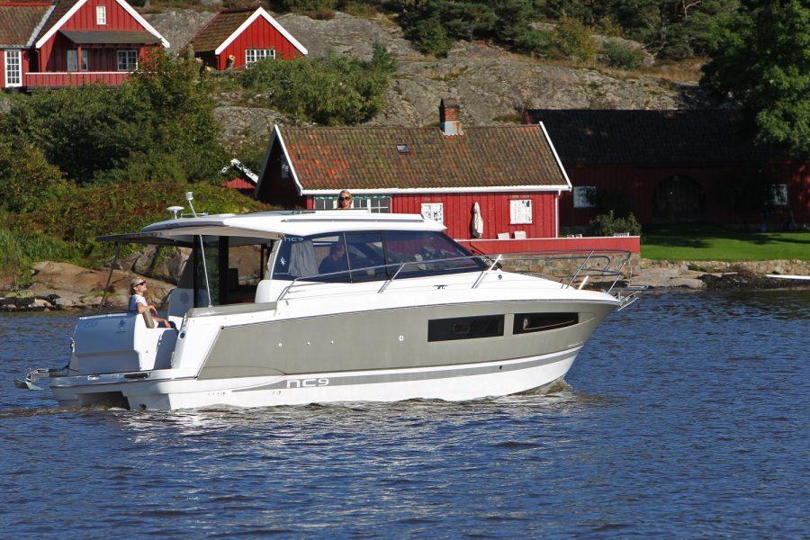 Jeanneau NC 9 Diesel - main image