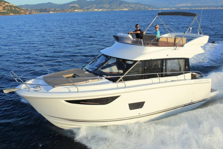 Jeanneau Velasco 37 Flybridge