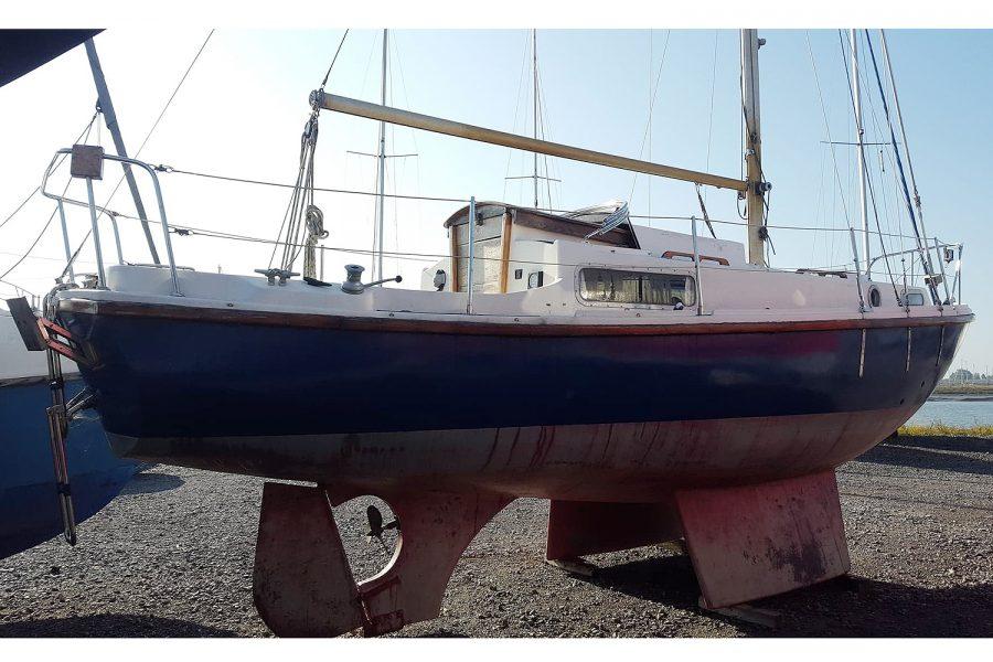Atlanta Viking 8.5 Yacht - starboard side
