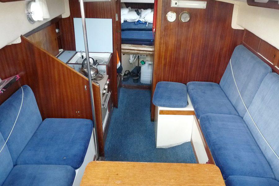 Atlanta Viking 8.5 Yacht - saloon