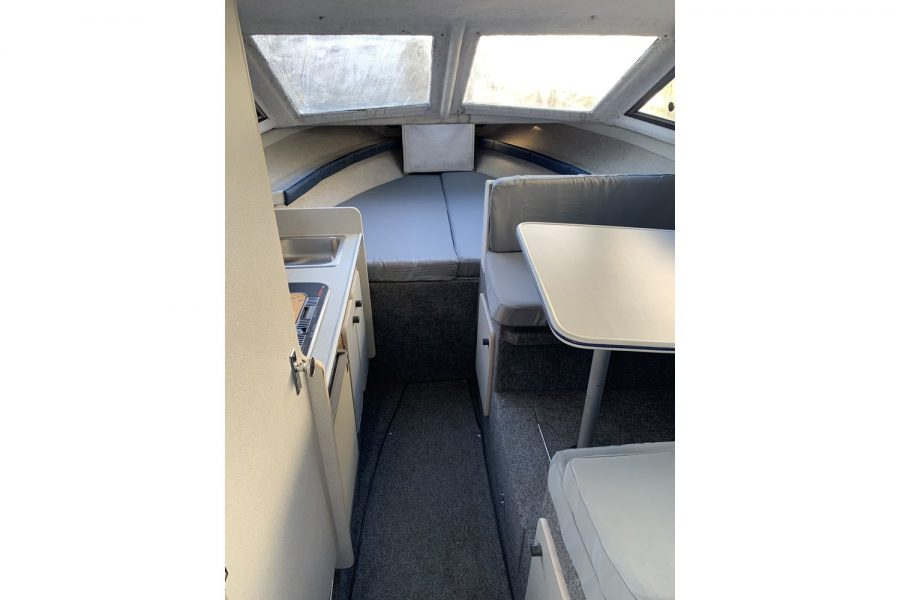 Bayliner 2452 Diesel - interior