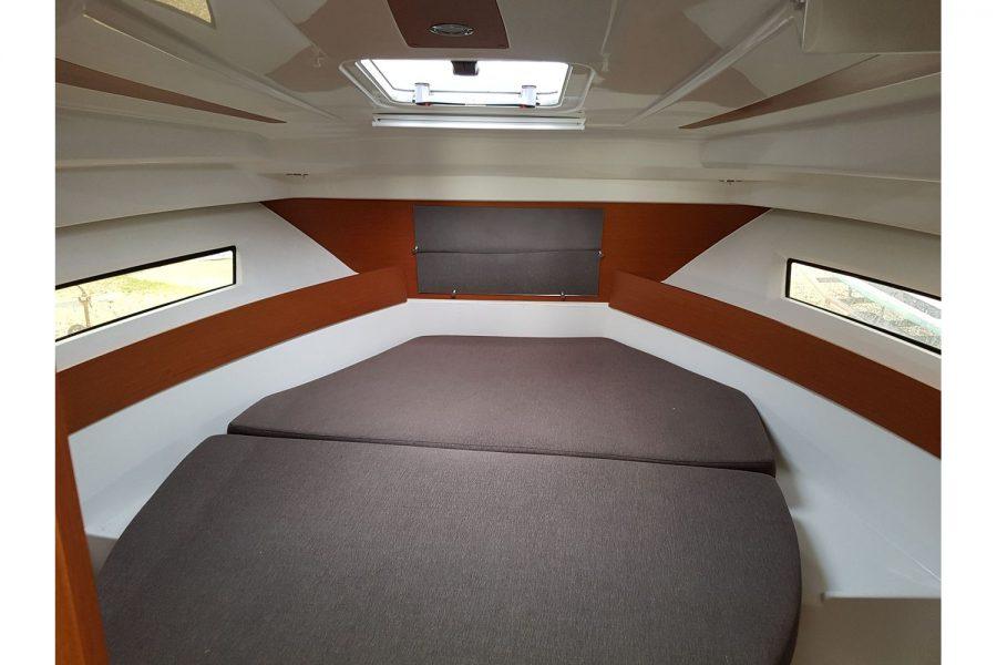 Jeanneau Merry Fisher 855 - cabin