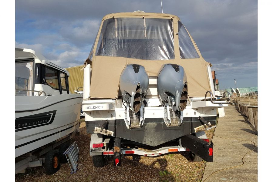 Jeanneau Merry Fisher 855 - aft view with twin Honda outboards
