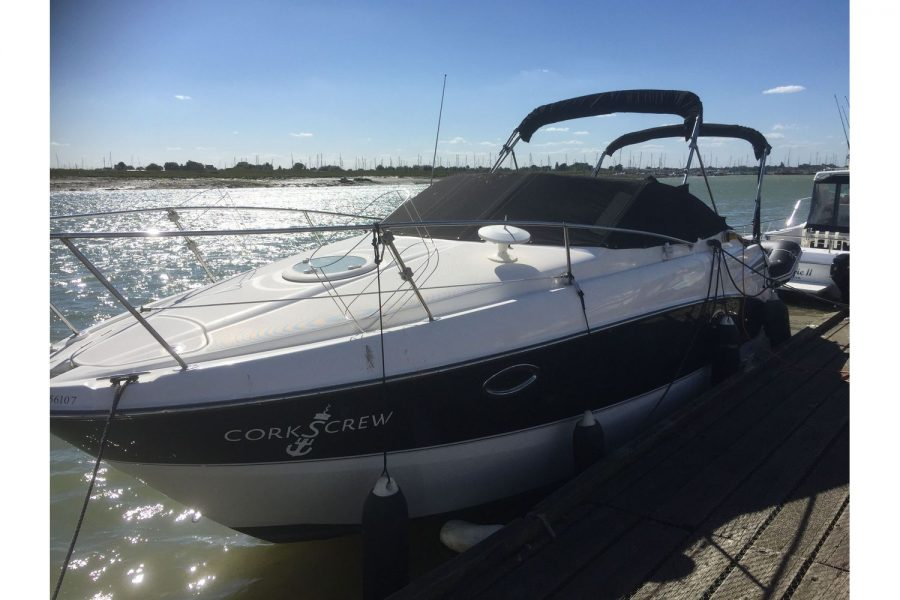 Maxum 2600 SE - on pontoon with canopy down