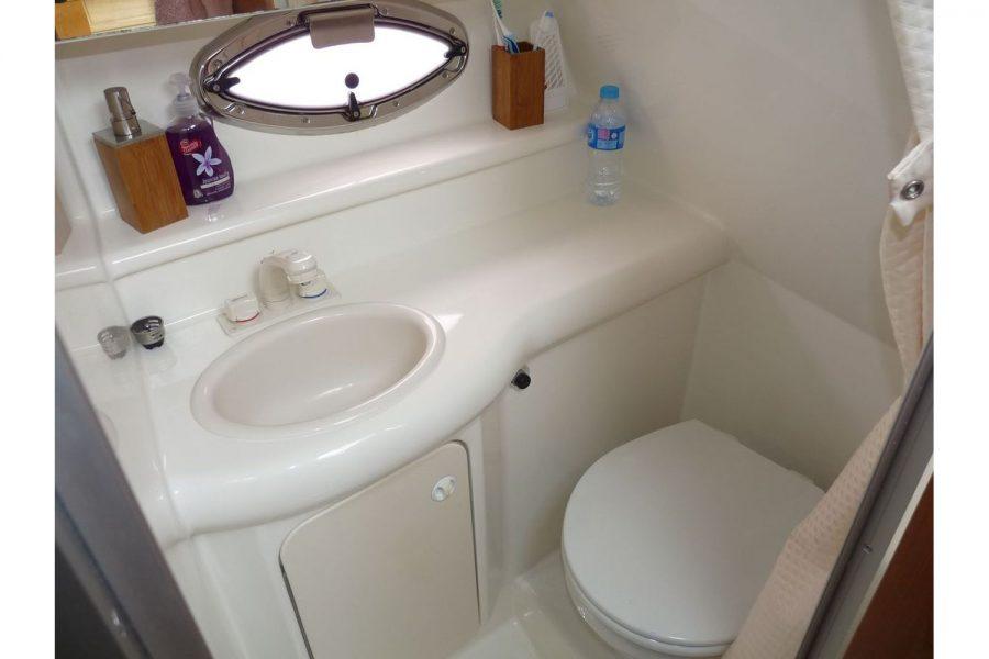 Maxum 2600 SE - toilet