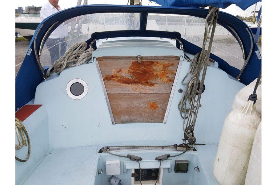 Sabfre 27 - cabin door