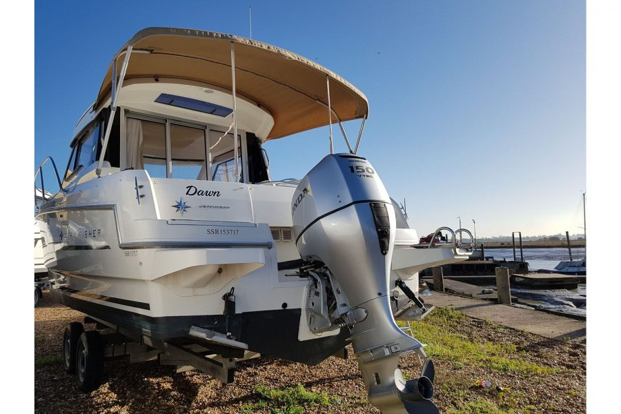 Jeanneau Merry Fisher 755 - with Honda outboard engine