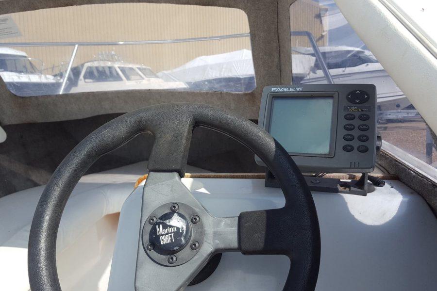 Marine Cruisette - cockpit electronics