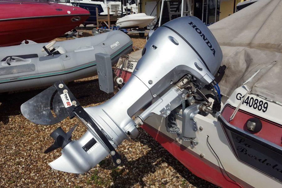 Marine Cruisette - with Honda outboard