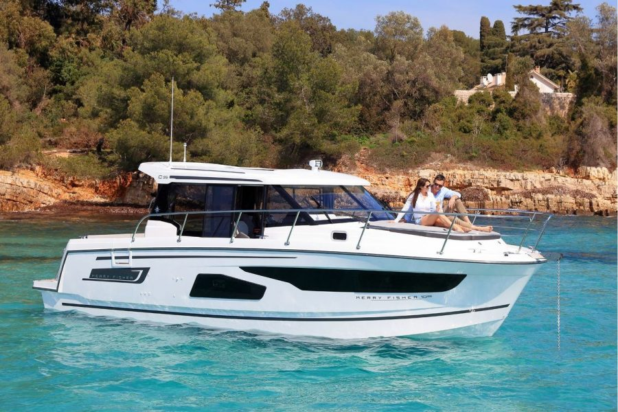 Jeanneau Merry Fisher 1095 – with 'must-have' upgrades