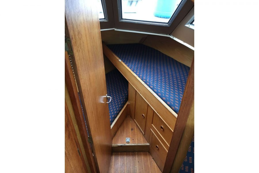 De Groot 10m steel diesel cruiser - cabin 2