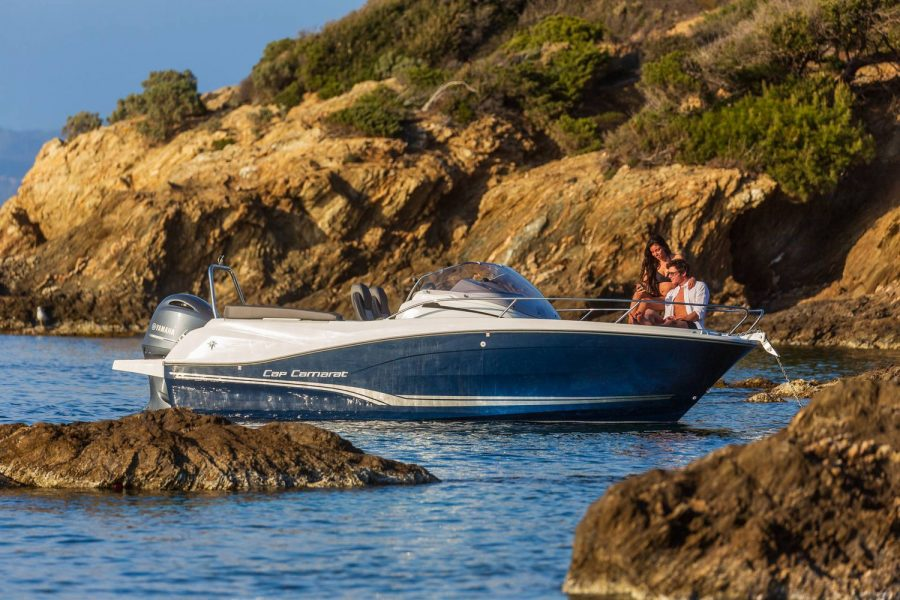 Jeanneau Cap Camarat 6.5 WA - sportsboat for sale
