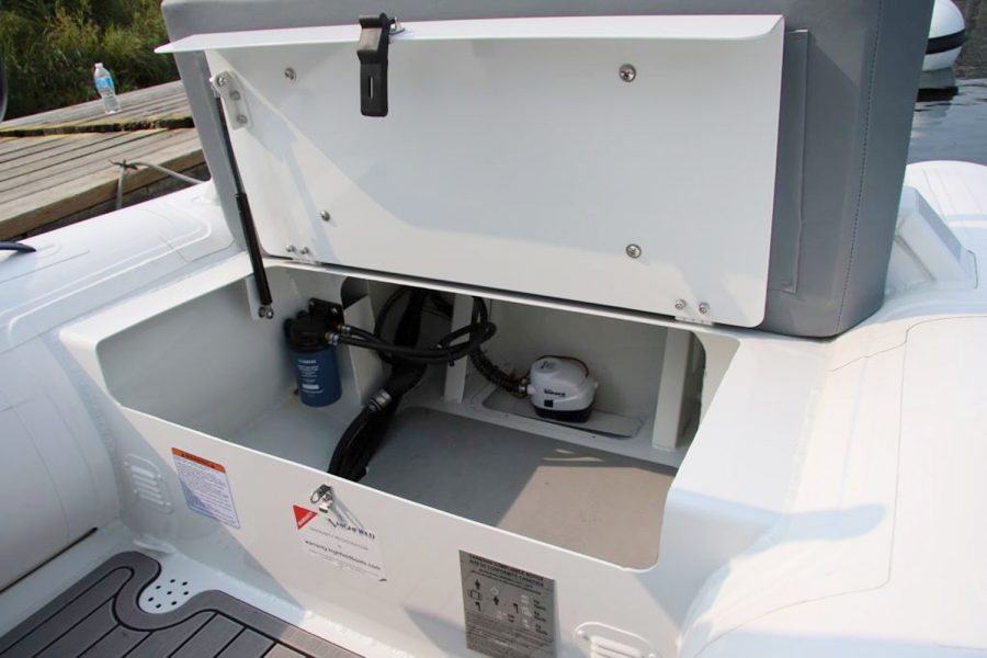 Highfield CL380 aluminium RIB - transom