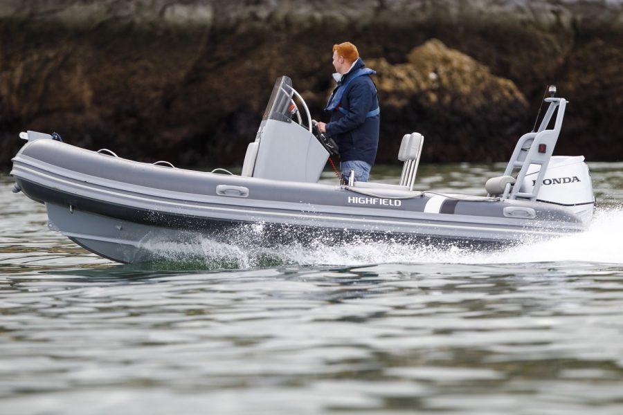 Highfield OM 460 aluminium RIB - on the water