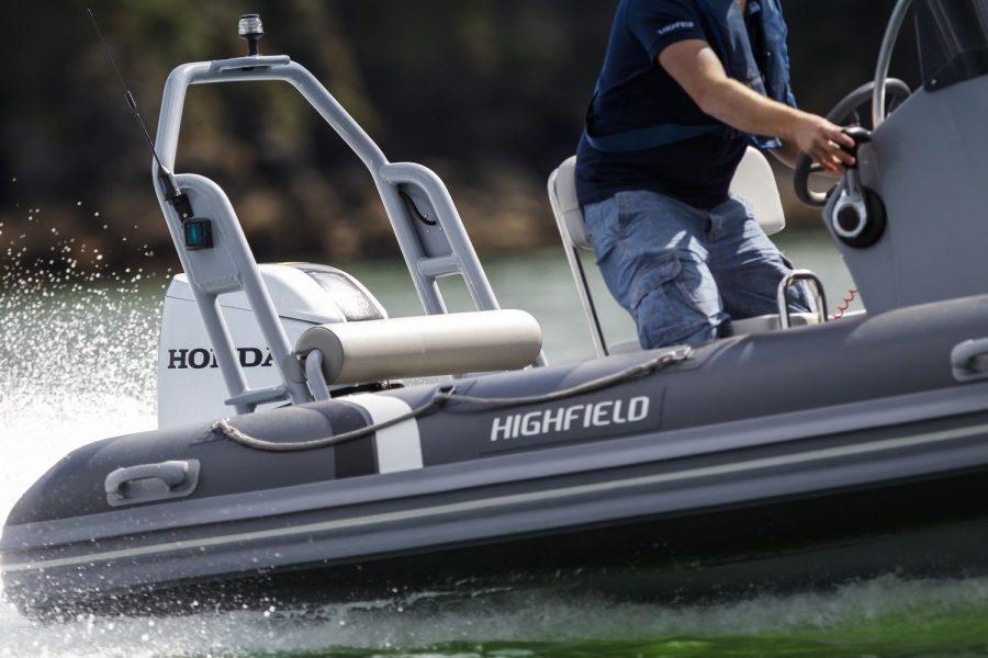 Highfield OM 460 aluminium RIB - starboard side