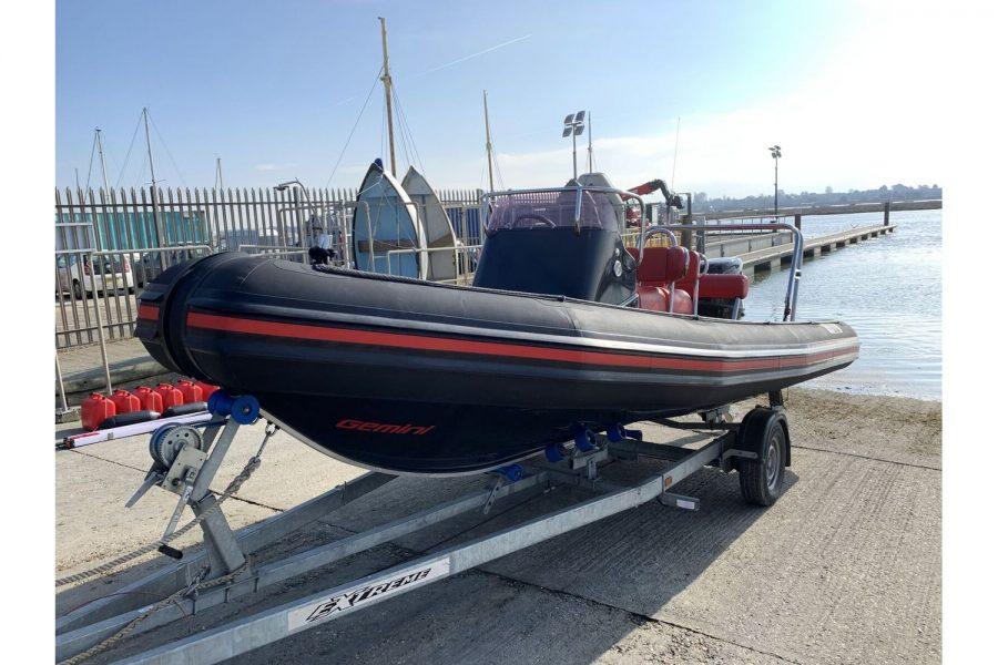 Gemini Waverider 600 RIB - port side bow
