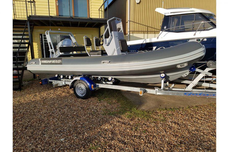 Highfield OM 540 aluminium RIB - starboard side