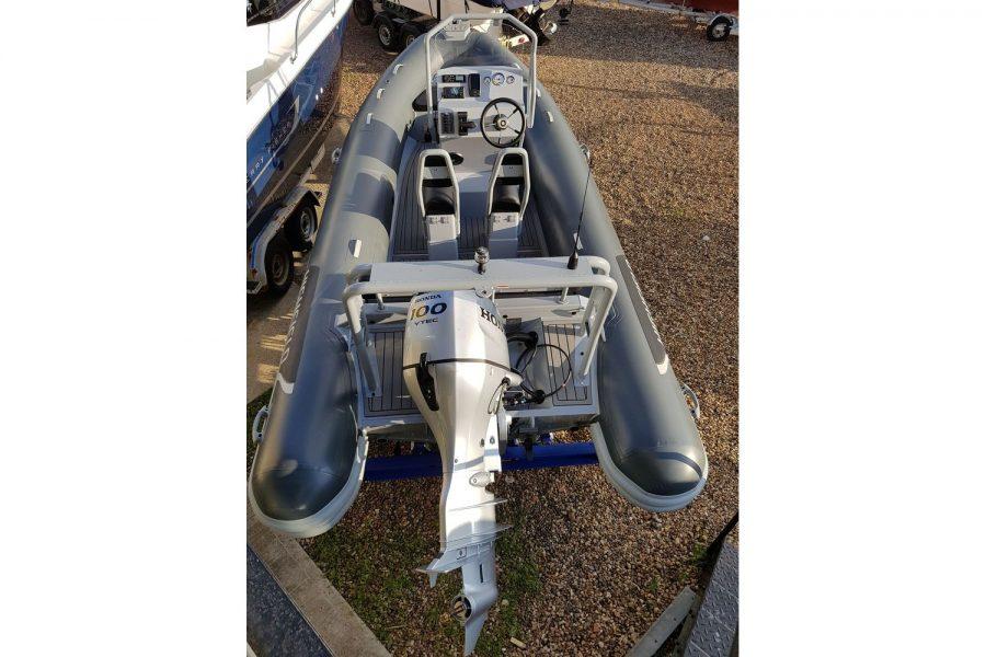 Highfield OM 540 aluminium RIB - overhead view