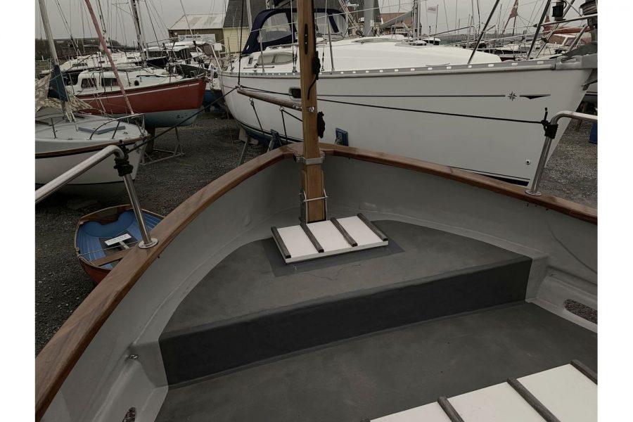 Freeward 30 fishing boat - aft cockpit