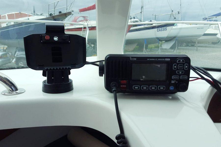 Jeanneau Merry Fisher 625 - Scarba - navigation electronics