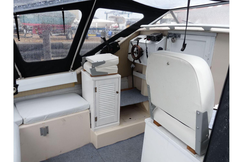 Shetland 640 - cockpit
