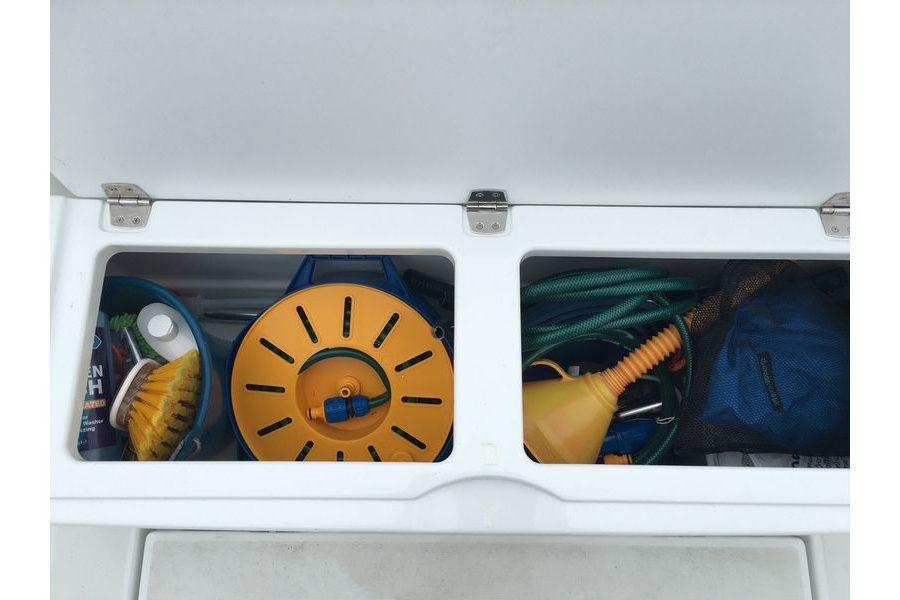Jeanneau Merry Fisher 755 Marlin - locker