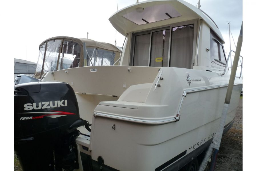 Jeanneau Merry Fisher 645 - transom view