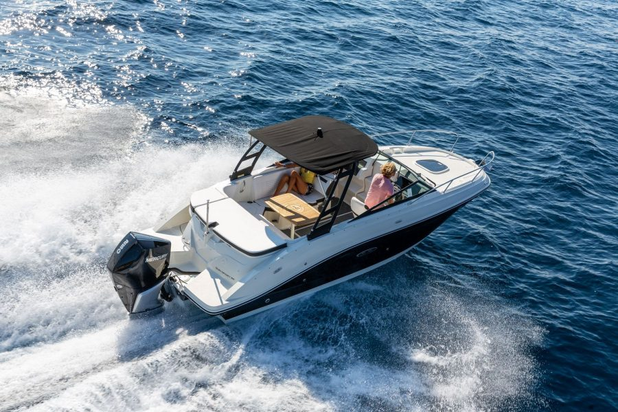 Sea Ray Sun Sport 230 - overhead view