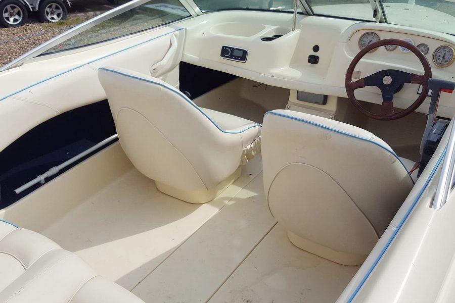 Fletcher Arrowflash 15 GTO - cockpit seating