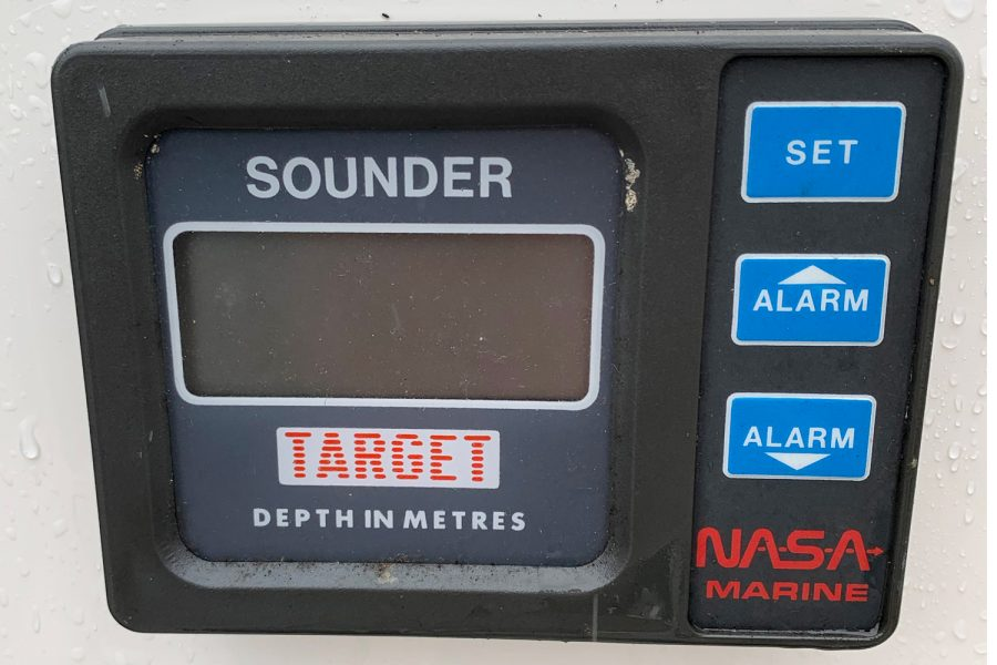 Fletcher Sportscruiser 18 GTS - nasa target depth sounder