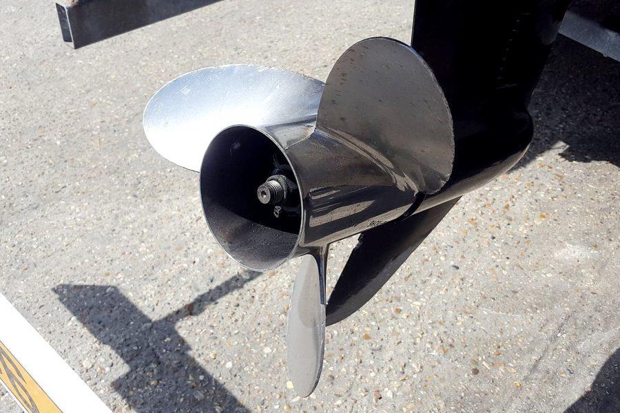 Porters 6.5m RIB - 3 bladed propeller
