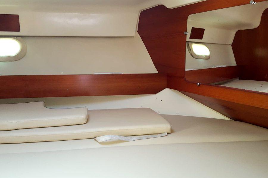 Merry Fisher 925 - flybridge berth