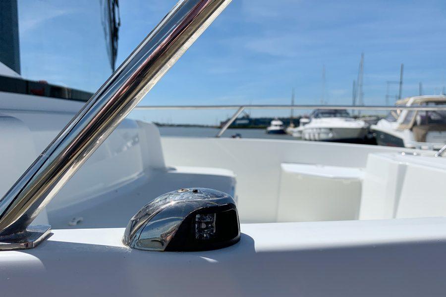Beneteau Barracuda 7 - navigation light