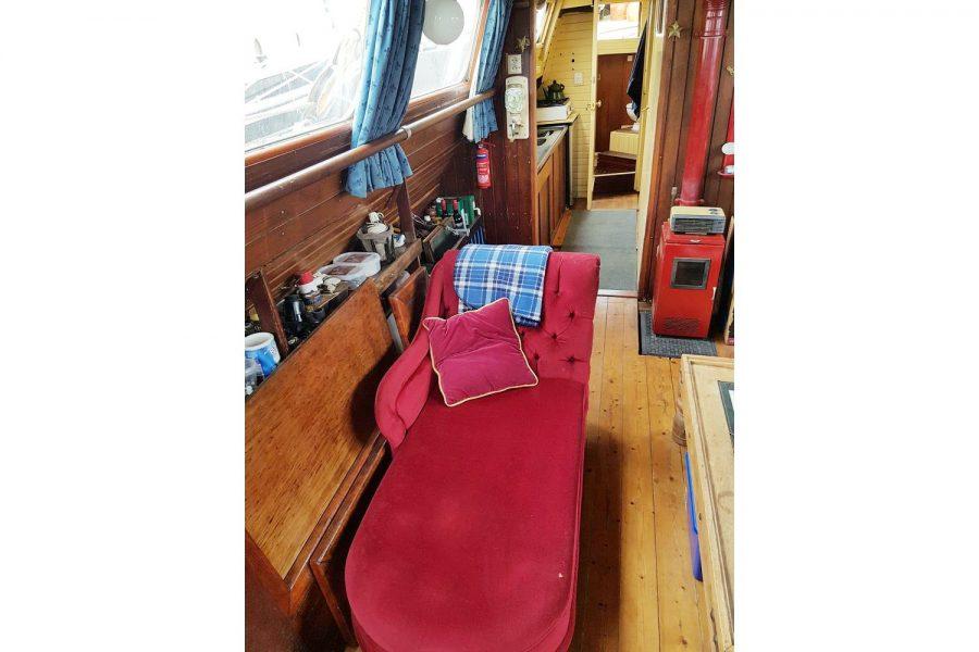 Tjalk 17m Dutch Motor Sailing Barge - chaise longue