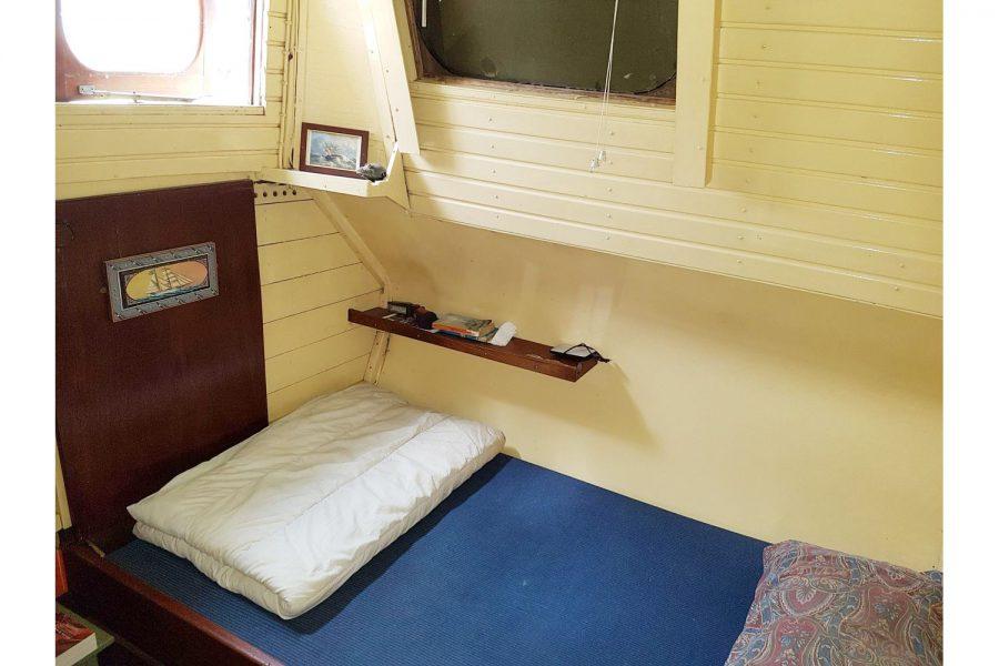 Tjalk 17m Dutch Motor Sailing Barge - cabin