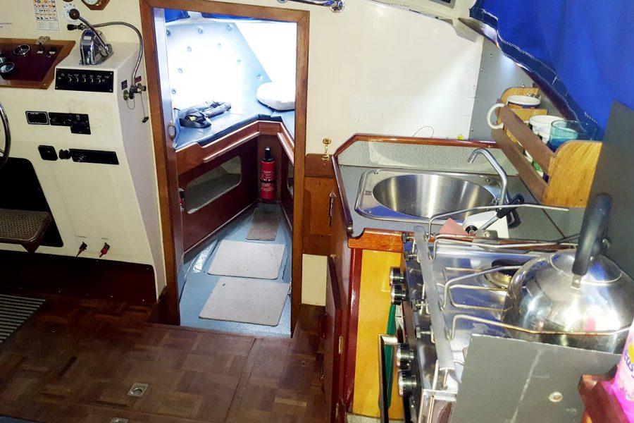 Aquabell 27 cruiser - cabin