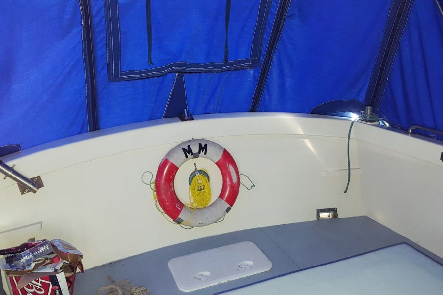 Aquabell 27 cruiser - cockpit