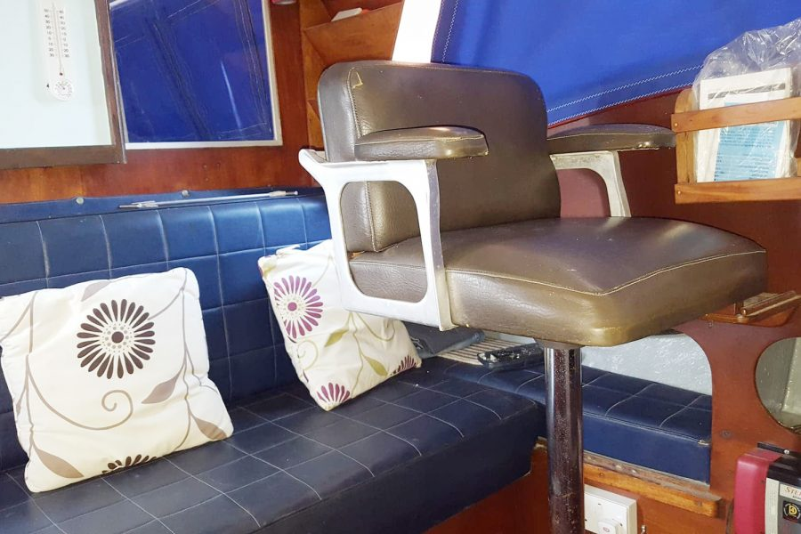 Aquabell 27 cruiser - seating