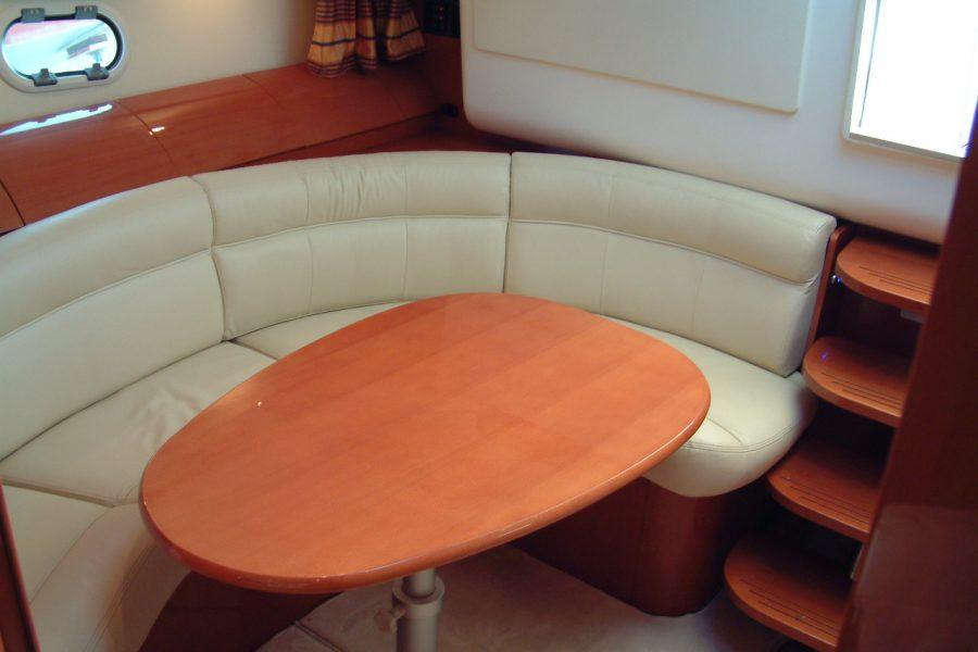 Prestige 34S - Orion - cabin table