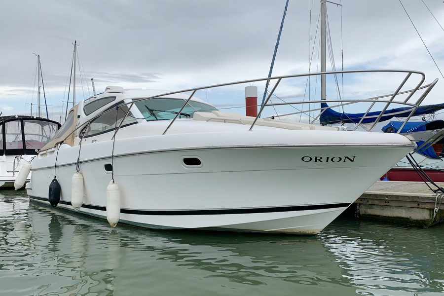 Prestige 34S - Orion - bow