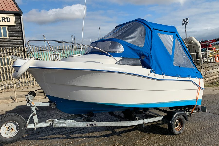 Quicksilver 450 cuddy - port side and bow