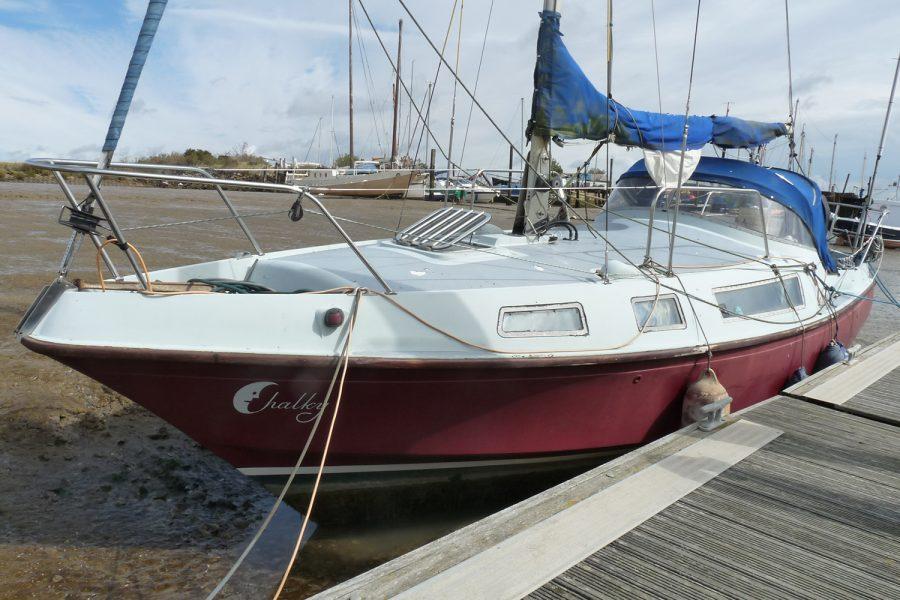 Halmatic 8.80 bilge keel yacht