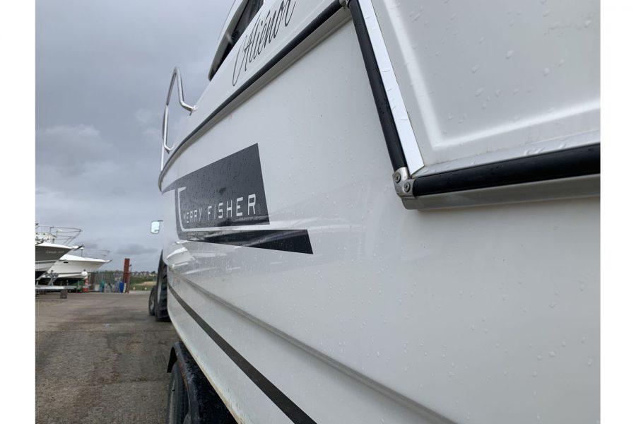 Jeanneau Merry Fisher 755 - fishing boat - hull side