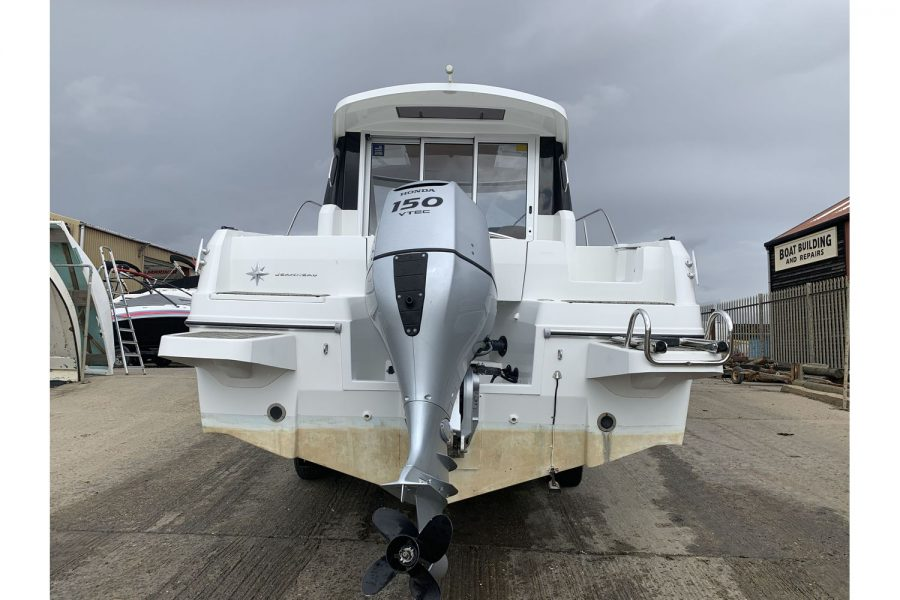 Jeanneau Merry Fisher 755 - fishing boat - Honda BF 150 outboard