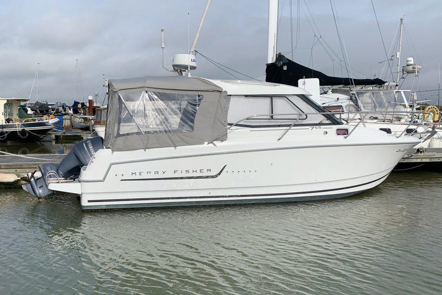 Jeanneau Merry Fisher 755 - starboard side